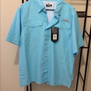 NWT! Mens casual button short sleeve